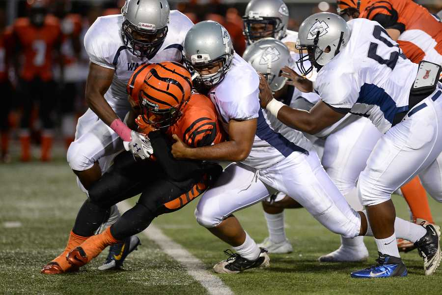 EC football team's offense gets sacked in loss vs Riverside City College