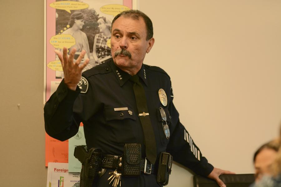 Police chief addresses faculty members about recent death threats